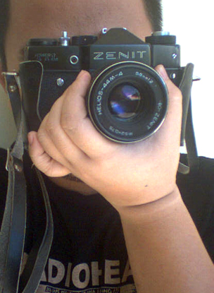 rain and his zenit ttl camera